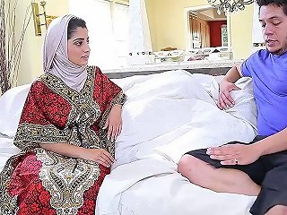Nadia Ali In Hijab Giving Dick Titjob Then Ravished Missi Any Porn