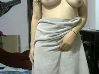 Indian Gf After Shower Showing Herself Naked On Webcam